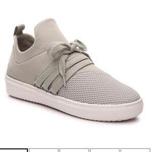 Steve Madden lancer sneaker gray